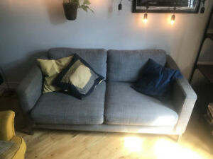 Canapé gris IKEA Karlstad