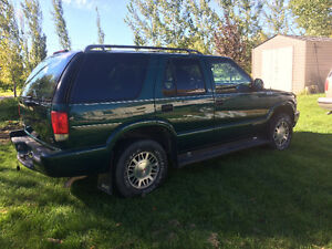 1998 GMC Jimmy Green SUV, Crossover