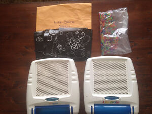 LITE BRITE (2) SHEETS (26) AND PEGS (LOTS)