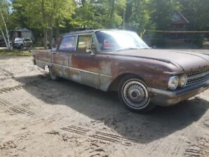 Ford Galaxie 1961 Rat Rod - new motor and tranny