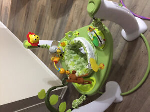 Exersaucer Evenflo Learn and jump- Safari in excellent condition