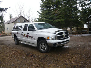 2003 Dodge Power Ram 2500 White with decal Pickup Truck
