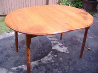 Vintage solid maple table - made in Quebec