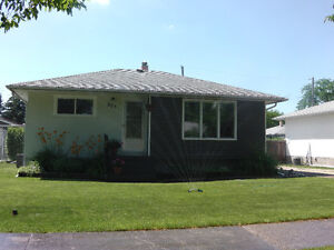 Cozy House for Rent in Transcona