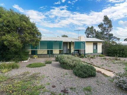 Light, bright & functional to suit first home buyers or investors Tailem Bend The Coorong Area Preview