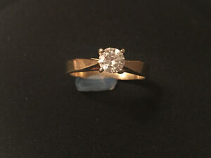 Stunning Solitaire and Diamond band Cambridge Kitchener Area image 1