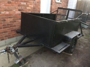 Good little trailer with ramp