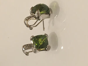 White gold and green tourmaline earrings