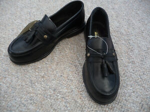 Brand New Black Dress Shoes With Tassels - Child's Size 11 or 12 Kitchener / Waterloo Kitchener Area image 4
