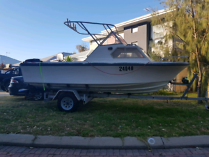 For sale Pacemaker 18ft 150hp mercury boat