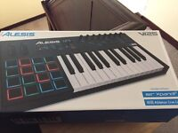 Alesis V125 Midi Keyboard boxed as new