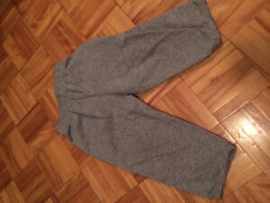 3 pairs of Free Size 2 boys pants. Must Pu in Dieppe