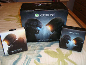XBOX ONE HALO 5 LIMITED EDITION + 2 EXTRA CONTROLLERS BRAND NEW