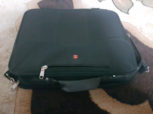 Tracker 17 inch laptop black used office bag for sale
