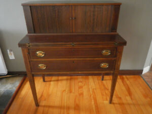 Bureau Maddox secretaire antique