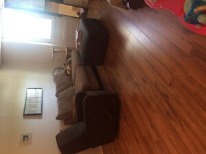 2 Bedroom apartment. ALL INCLUDED + central air