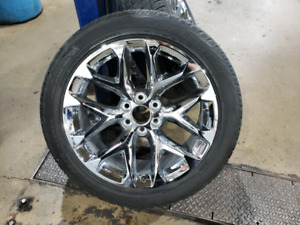"GM 22"" chrome wheels with tires and monitors"