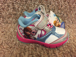 New! Infant/Toddler Disney Frozen shoes size 5