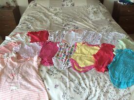 Baby girl 16x vests/nighties 9-12 months
