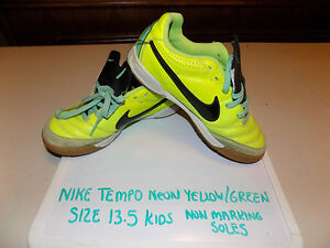 NIKE TIEMPO YOUTH SIZE 13.5 RUNNING SHOES