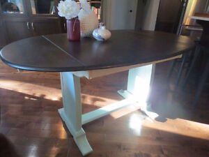Annie Sloan Chalk Painted Table & 3 chairs & coffee table set