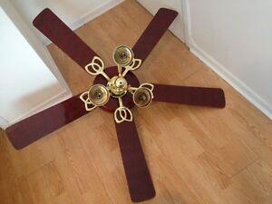 """Ventilateur de plafond 60"""", 3 luminaires, 5 pales réversibles"""