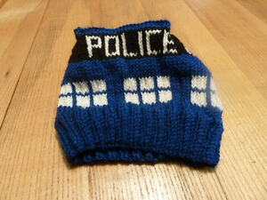 New Hand Knit TARDIS hat Doctor Who Adult Large Kingston Kingston Area image 2