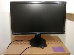 "+++ Excellent*** BenQ IPS LED 24"" adjustable computer monitor"