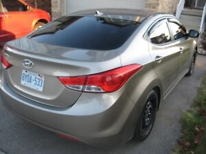 2013 Hyundai Elantra in excellenet condition CERTIFIED & ETESTED