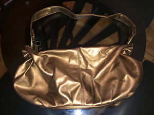 Copper Coloured Boho Style Purse West Island Greater Montréal image 2