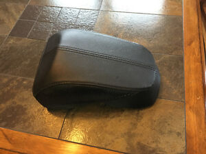 2007-13 Harley Softail Deluxe FLSTN rear passenger pillion seat