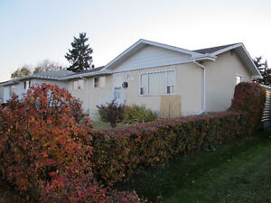 Well located close to Southgate LRT, Easy access to U of A.