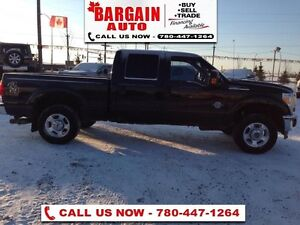 2011 Ford F-250 Super Duty Lariat  Super Crew - Diesel - 4X4