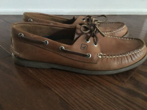 Sperry's size 11