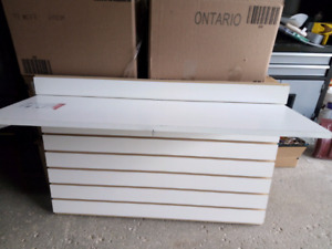 Rubbermaid Multi Purpose Shelves. (White)