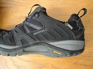 Merrell Hikers - Women's size 7.5