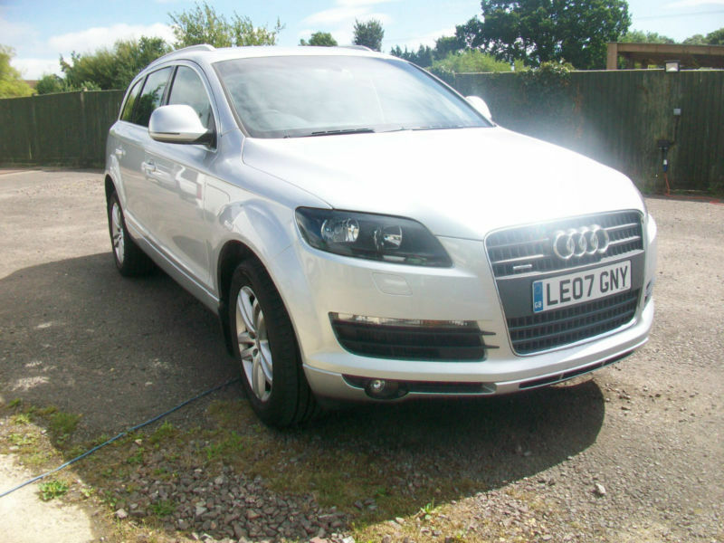 audi q7 3 0tdi diesel auto quattro se leather 7 seater 4x4 in yeovil somerset gumtree. Black Bedroom Furniture Sets. Home Design Ideas