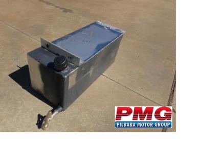 Water tank under tray mount