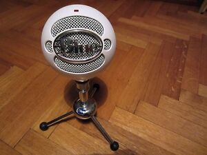 Blue Snowball Microphone Great Condition