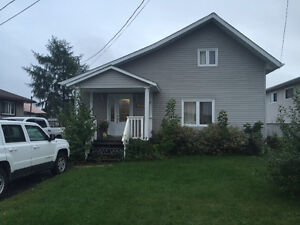 GREAT STARTER HOME WITH DETACHED 1.5 CAR GARAGE