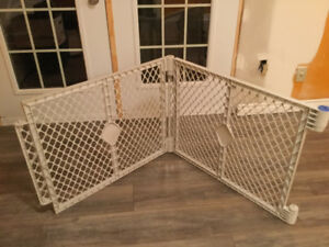 Sectional fence
