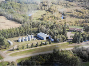 Beautiful Rural Acreage with a View of River Valley