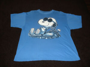 0c5fd5f1 Snoopy | Buy or Sell Used or New Clothing Online in Ontario | Kijiji ...