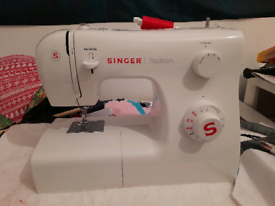 Singer tradition 2250 compact