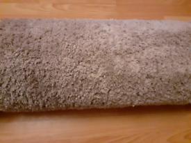 "Wool rug 5ft 6"" x 4ft."