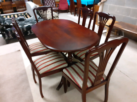Mahogany Extendable Dining Table and 6 Chairs (🤩excellent condition)