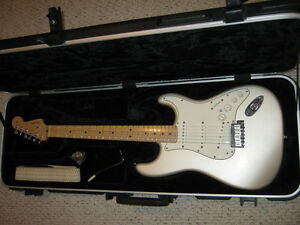 Rare Absolutely Mint USA VG Stratocaster - Extremely Rare Model