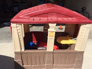 Kids playhouse Strathcona County Edmonton Area image 2