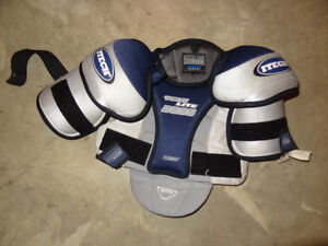 TechLite Junior Medium Shoulder Pads