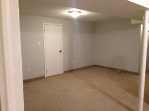 Bedroom for rent in Shared Apt/Mohawk College/ Hamilton Mountain